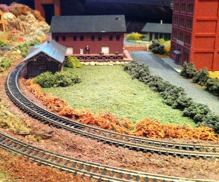 Model Railroad Freight Dropoff