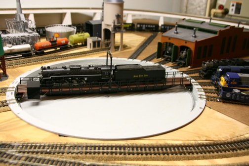 model railroad layout turntable