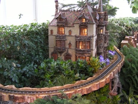 NYC Holiday Garden Train Show